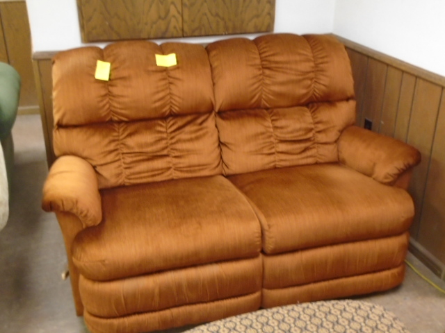 LA-Z-Boy Dual Recliner Love Seat