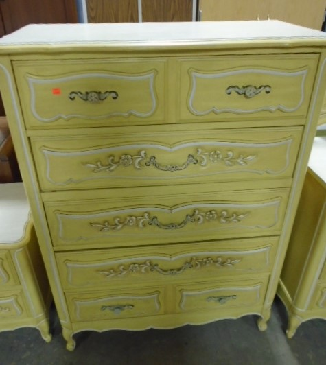 Thomasville French Provincial Chest